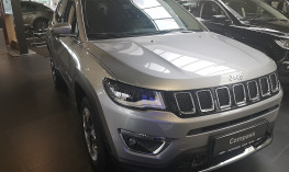 Jeep Compass 2,0 MultiJet II AWD Limited bei BM || Autohaus Lehr in